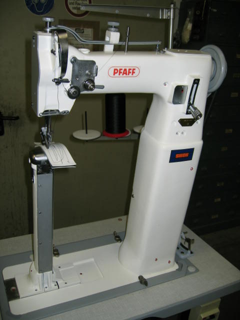 Sieck pfaff kl 871 high post bed sewing machine with left standing pfaff kl 871 high post bed sewing machine with left standing 42 cm post drop feed and needle feed special hinged needle bar to avoid demage of the sewed watchthetrailerfo