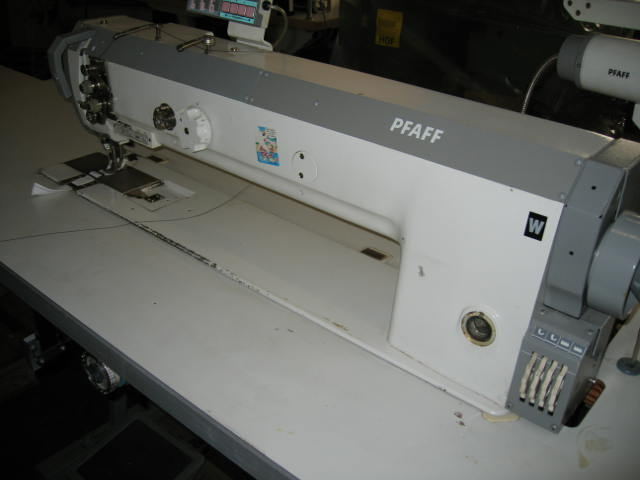 Sieck: PFAFF Kl. 1427-706/05-900/81 single needle flat bed long ... : pfaff long arm quilting machine - Adamdwight.com