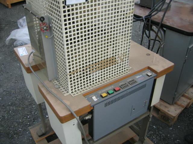 Sieck WSK Typ 2122 Ablängautomat für Riemen