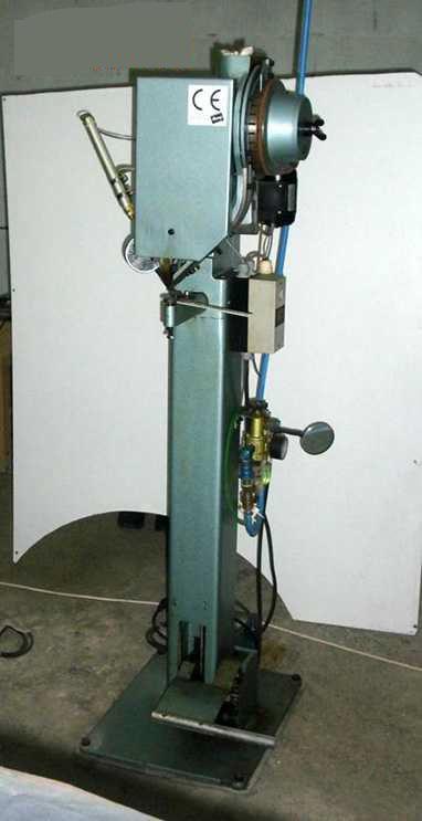 Sieck HANG Typ 16711 pneumatische Nietmaschine für