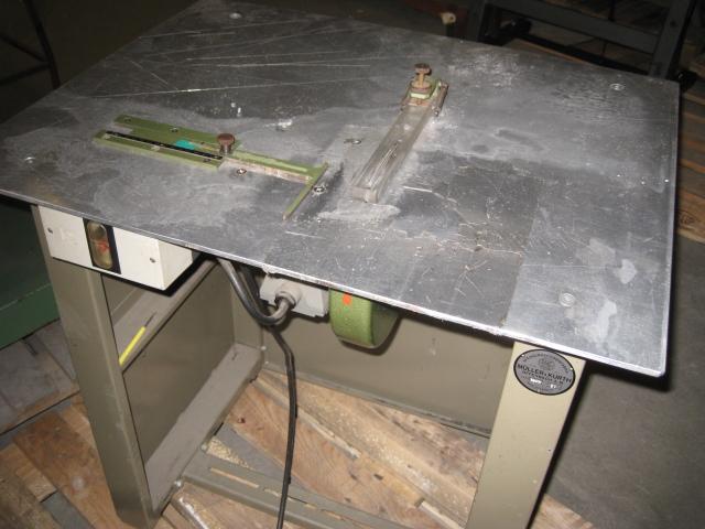 Sieck MÜLLER & KURTH Typ 184 N Gürtelschlaufen Ablängmaschine