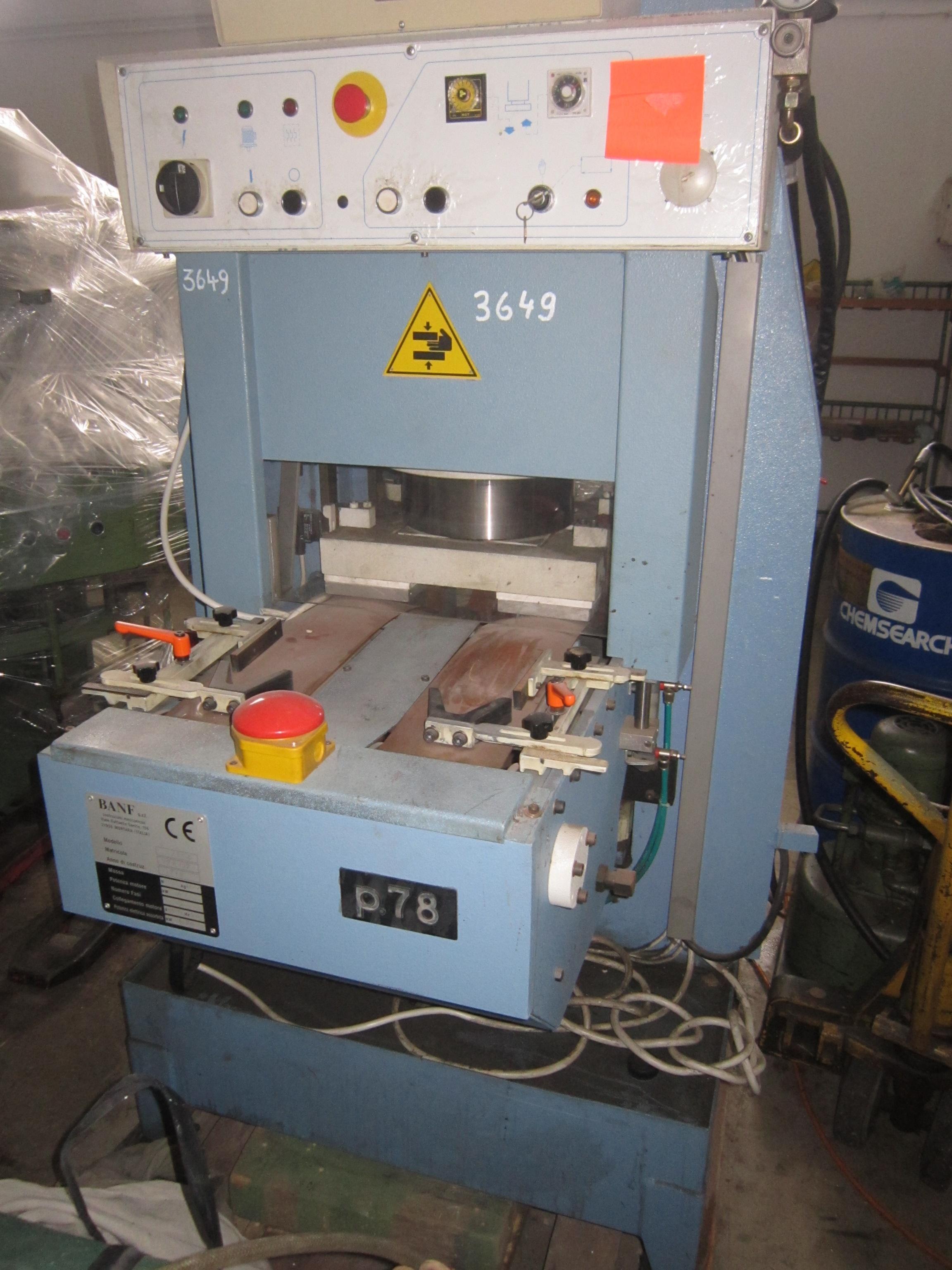 Sieck: BANF type P 78 hydraulic automatic insole moulding machine ...